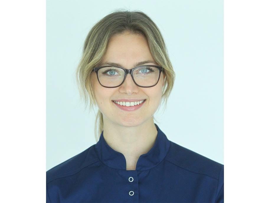 dr Anna Haładyj